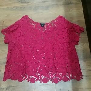 Torrid Lace Overlay size 0x Like New condition